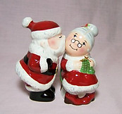 Mr. & Mrs. Claus Kisses Shakers