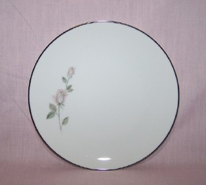 Kenmark Boutique salad plate